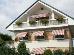 [Obr.: Awnings for windows, exterior- Privat Plus]